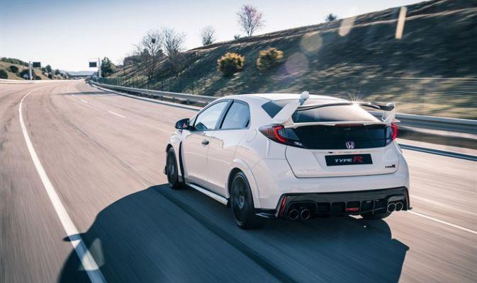Nuova Honda Civic Type R, foto e prezzi