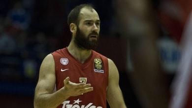 Impresa Olympiacos, Spanoulis va in finale