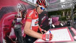<br /> Giro, 12&ordf; tappa a Gilbert