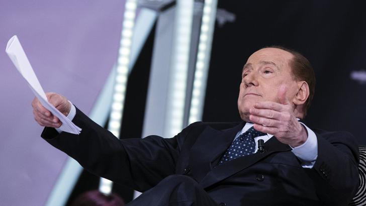 Berlusconi sicuro: «Ancelotti allenerà il Milan»