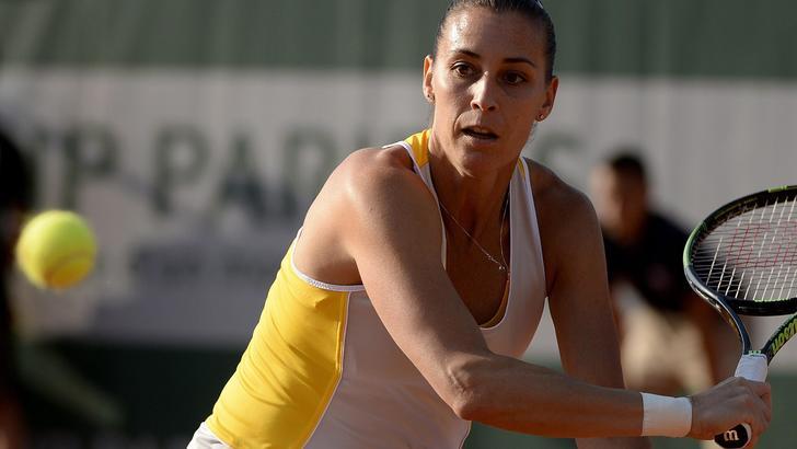 Roland Garros: Suarez Navarro ko, Pennetta agli ottavi