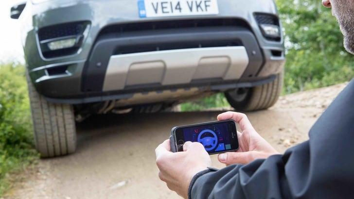 Range Rover Sport: a guidarla è uno smartphone