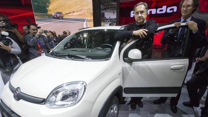 Mercato auto: l'Italia accelera, freno a mano per l'Europa