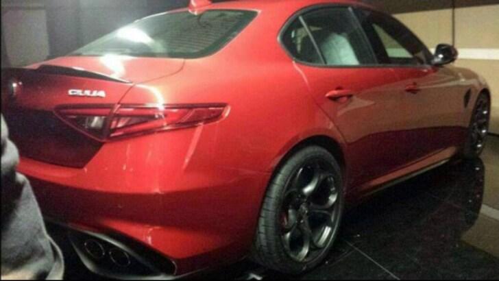 Alfa Romeo Giulia: poche ore al lancio