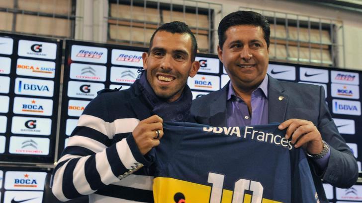 Boca Juniors, Angelici smentisce Tevez: «Resta qui un altro anno»