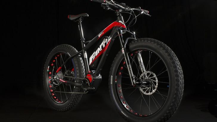 """Fantic, fuoristrada nel cuore: ecco la """"Fat bike"""" elettrica"""