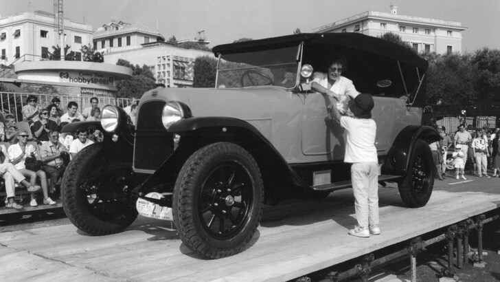 L'auto di Vittorio Emanuele III in vendita a 73 mila euro