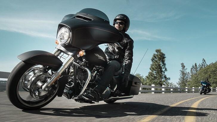 Harley-Davidson Street Glide Special: in viaggio con la regina