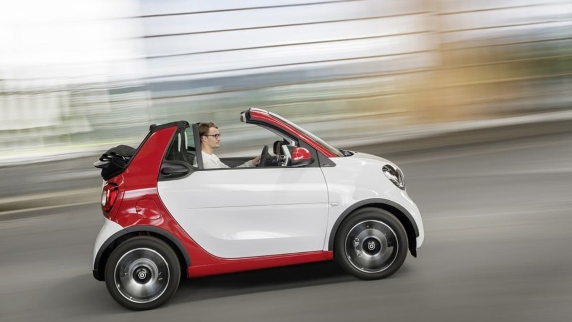 Nuova Smart Cabrio, foto e caratteristiche