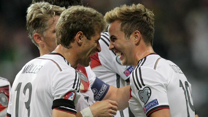 Germania show, Polonia ko. Albania, bel punto in Danimarca