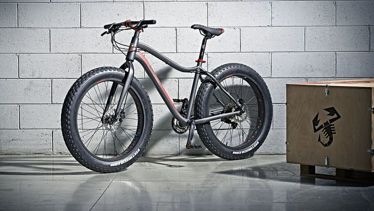 Abarth lancia la fat bike dello Scorpione