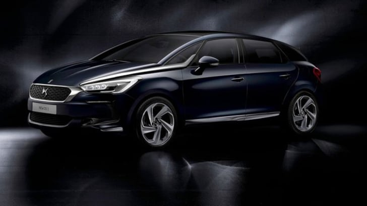 DS5, al volante della jewel car francese
