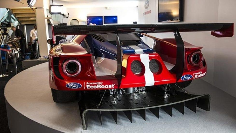 Ford Gt L Anti Ferrari In Pista Tuttosport