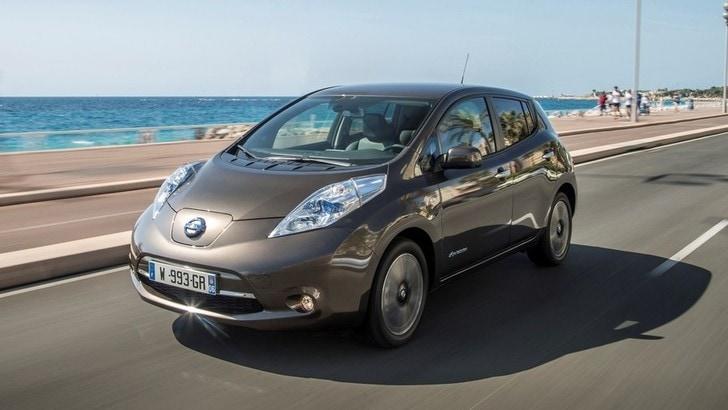 Nissan Leaf 2016, l'elettrica con autonomia da 250 km