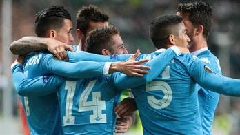 Europa League, Legia Varsavia-Napoli 0-2 Festa azzurra con Mertens e Higuain
