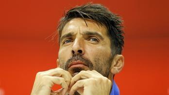 Buffon esce dalla Zucchi e cede ai francesi