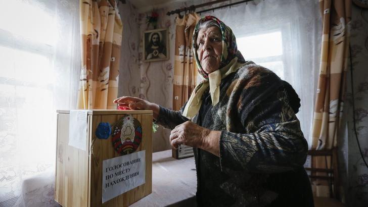 Bielorussia: Lukashenko oltre 80%