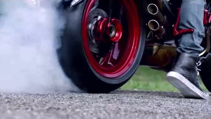 MV Agusta Dragster: versione speciale by Lewis Hamilton