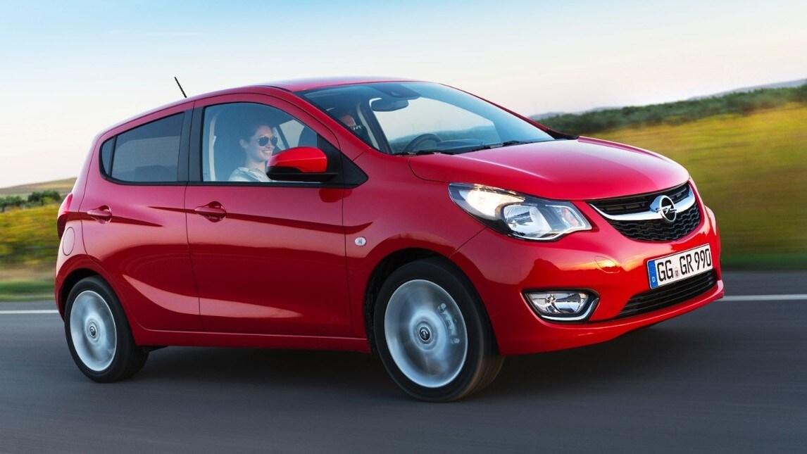 """Opel Karl, al volante della compatta """"intelligente"""""""