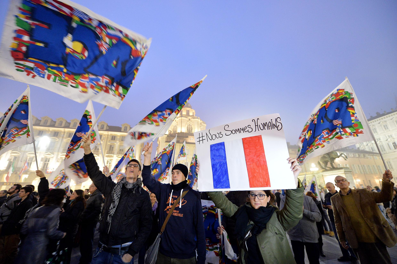 Torino, tutti sotto la Mole per la Francia