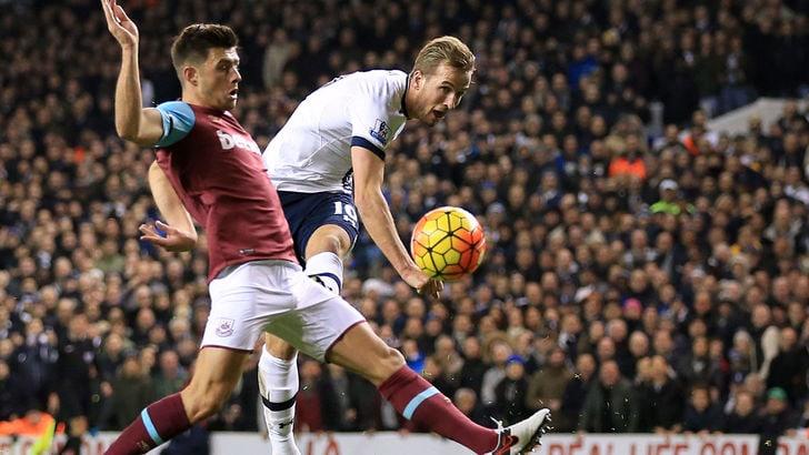 Premier League, Tottenham-West Ham 4-1: doppietta di Kane