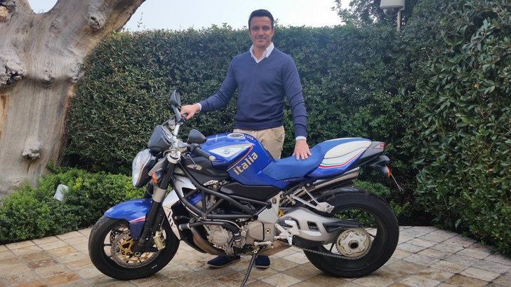 """Mv Agusta Brutale """"Italia"""": all'asta la moto del mondiale 2006"""
