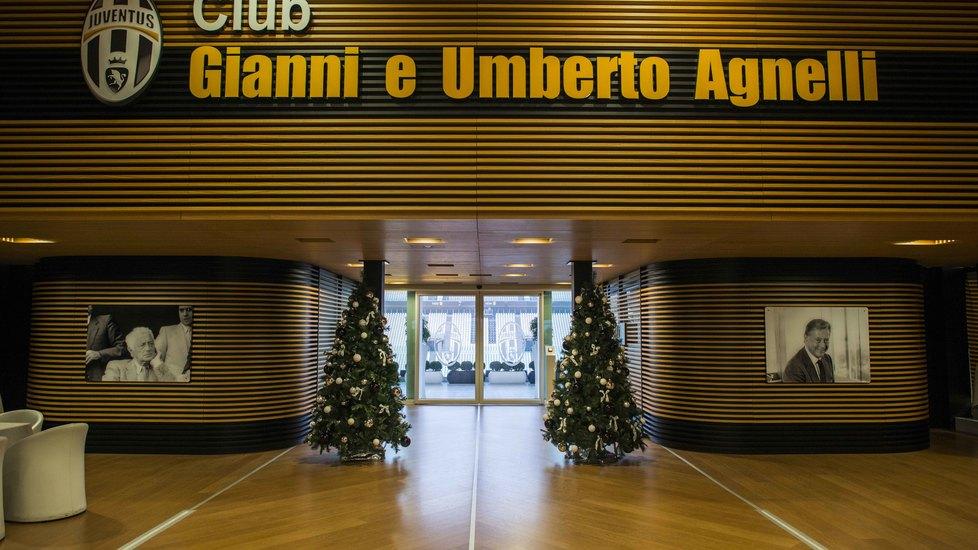 Albero Di Natale Juventus Stadium.L Albero Di Natale Allo Juventus Stadium Tuttosport