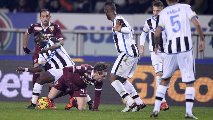 L'Udinese affonda un inguardabile Torino all'Olimpico con Perica. Fischi sui granata di Ventura