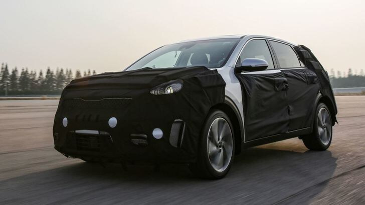 "Kia Niro Hybrid, nel 2016 il primo ""HUV"" coreano"