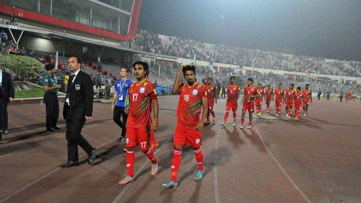 Calcio estero, allenare in Bangladesh: la storia di Fabio Lopez