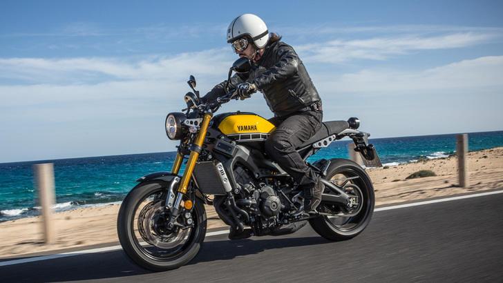 """Yamaha XSR 900: la """"special"""" di serie arriva dal passato"""