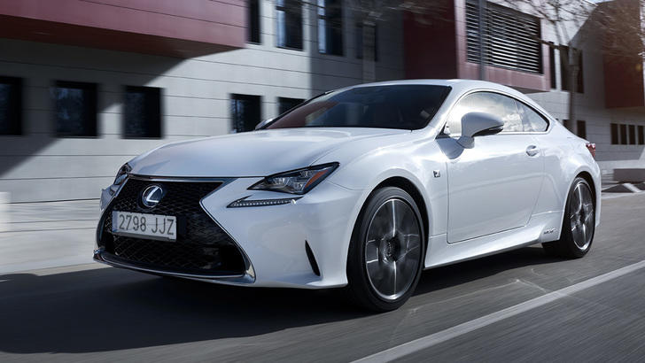 Lexus RC Hybrid: coupé silenzioso ma sportivo
