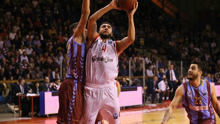 Basket Serie A, Sassari e Reggio ad alto rischio