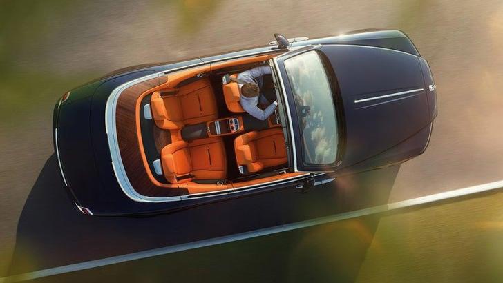 Rolls Royce: la prima Dawn per 750.000 dollari