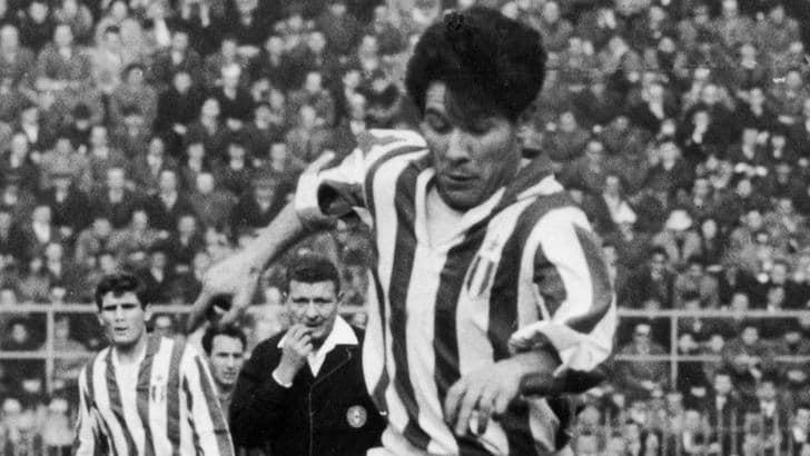 La Juventus ricorda su Twitter il mito Omar Sivori