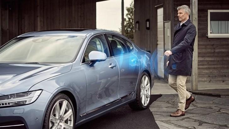 Volvo, dal 2017 basta chiavi, c'è l'app