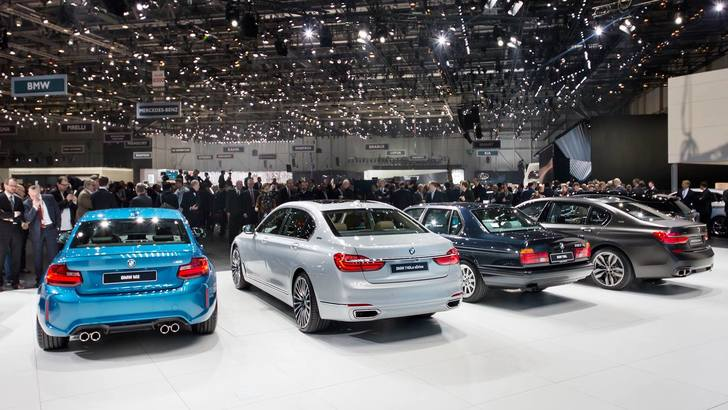 BMW e la strategia ibrida, arrivano le iPerformance