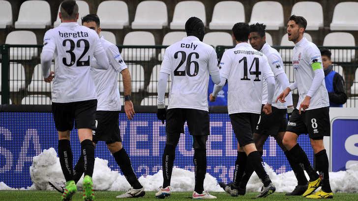 Serie B, Pro Vercelli da sogno: 5-2 contro il Pescara