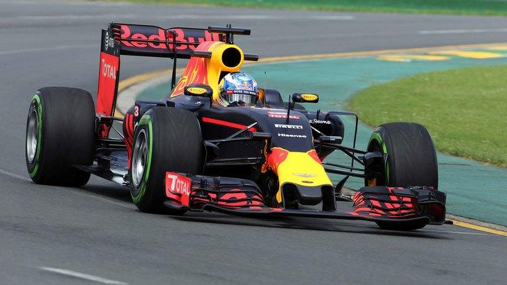 F1, torna la Aston Martin: accordo con la Red Bull