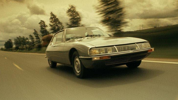 Cruyff, la Citroen Maserati e quei 7 semafori sulla Diagonal