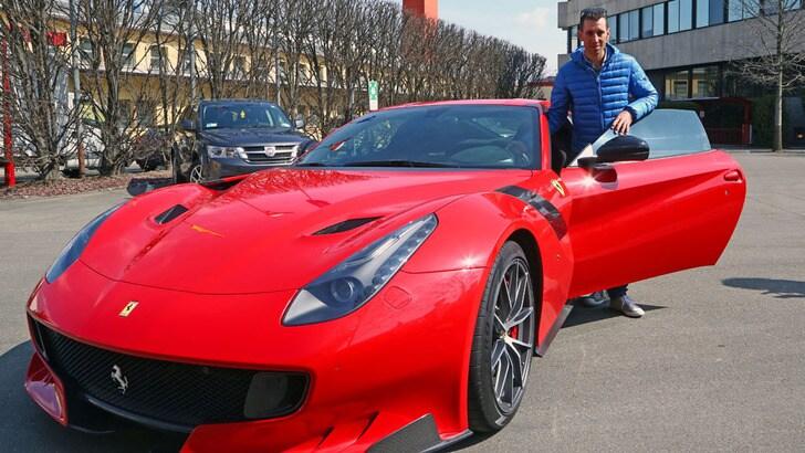 """Nibali sale sulla Ferrari: """"Futuro in pista? Mi piacerebbe"""""""