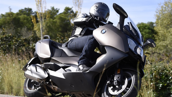 BMW C650GT: maxiscooter viaggiatore