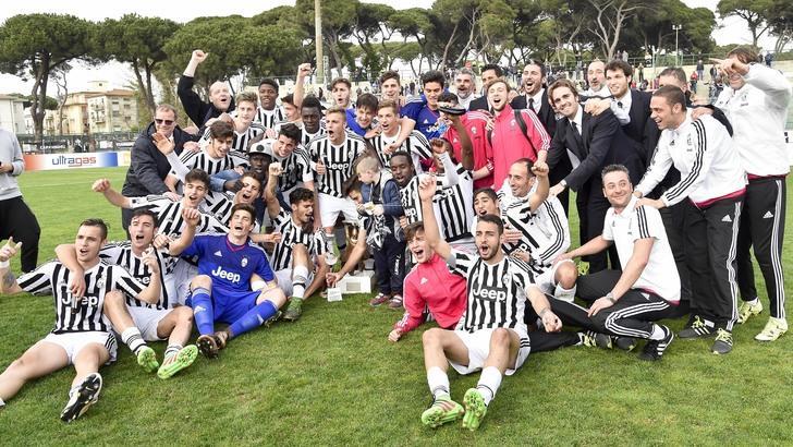 Allegri elogia i vincitori della Viareggio Cup: «Bravi ragazzi, vincere aiuta a vincere»
