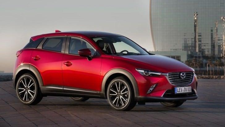Mazda CX-3, il SUV modaiolo nella Milano più fashion