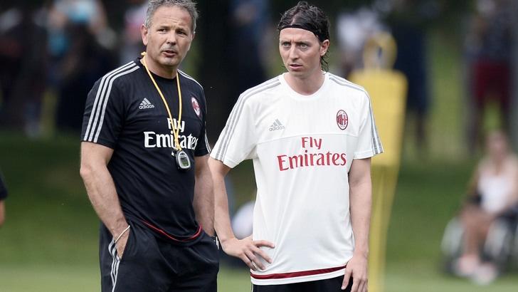 Milan, tutti con Mihajlovic tranne la società: il toto-allenatore continua