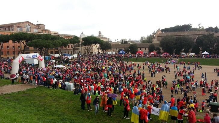 Roma Fun Run, migliaia di partecipanti: 4 km di festa nel cuore della capitale