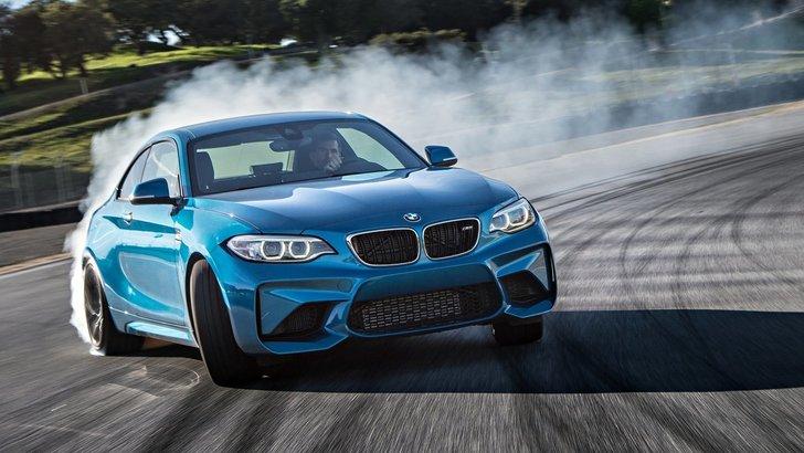 BMW M2 Coupé: in pista e su strada