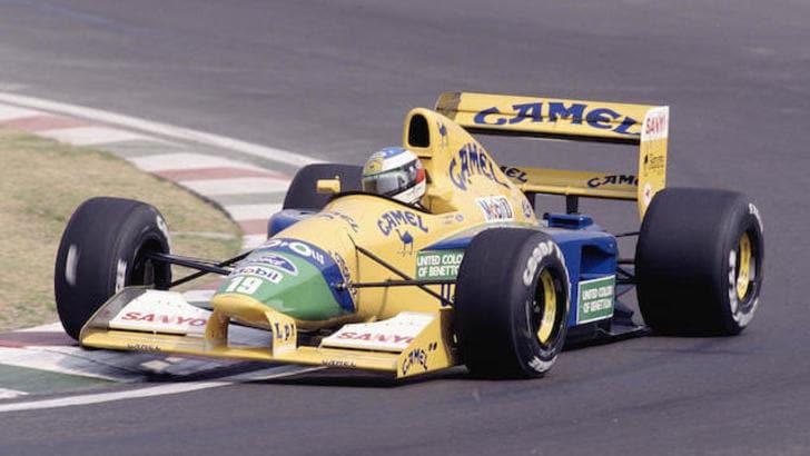 La Benetton F1 del primo podio di Schumacher va all'asta