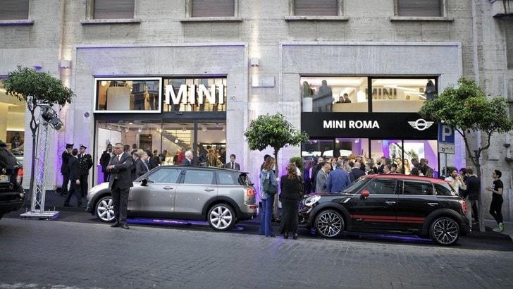Mini apre nuovo showroom a Roma in via Barberini