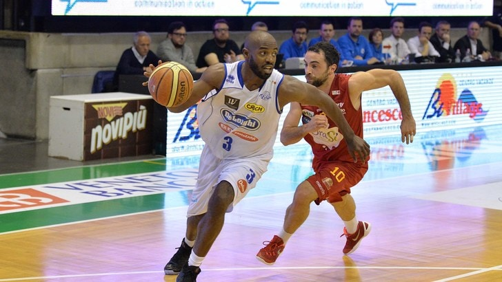 Basket A2, Treviso stop a Ferentino